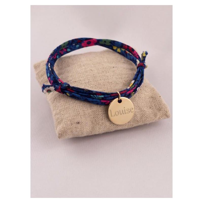 bracelet liberty 3 tours medaille plaqu or ronde grav e fabrique a tr sors. Black Bedroom Furniture Sets. Home Design Ideas