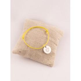 Bracelet Enfant Cordon Ajustable Petite Médaille Ronde Gravée